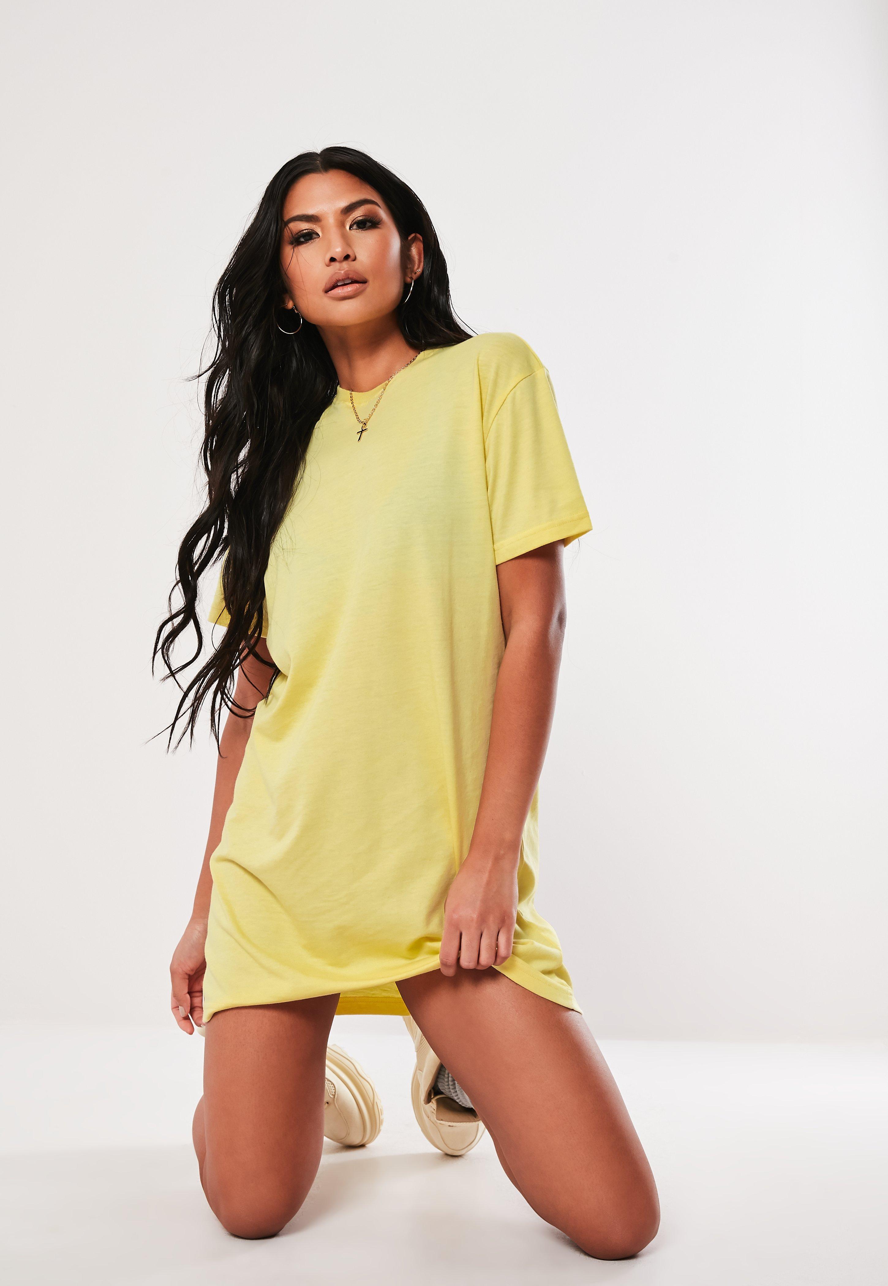 8f883603d5af T-Shirt Dresses | Printed & Slogan Dresses - Missguided