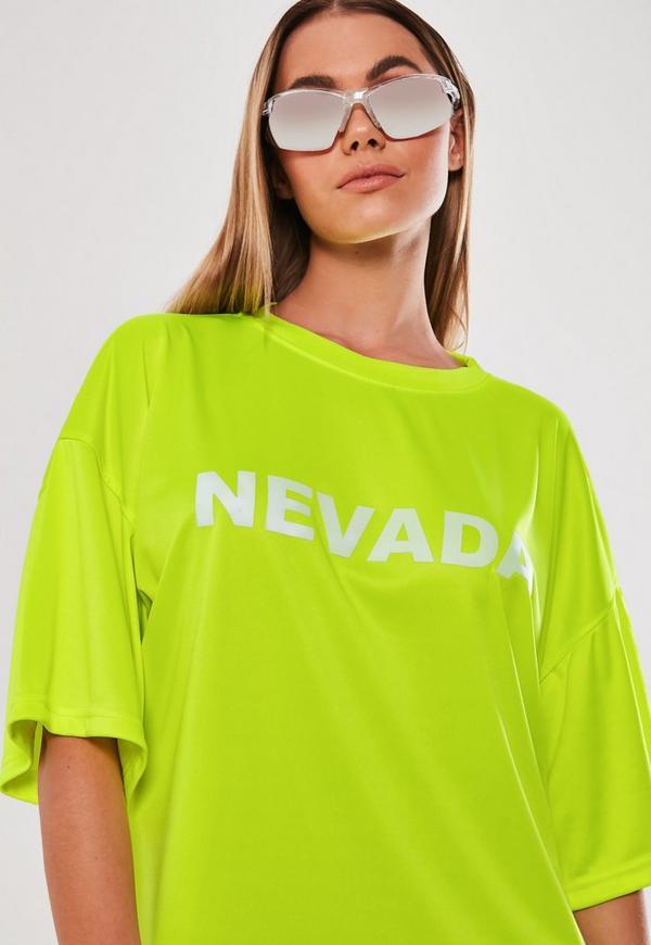 oversize t-shirtkleid mit slogan in neon-grün | missguided