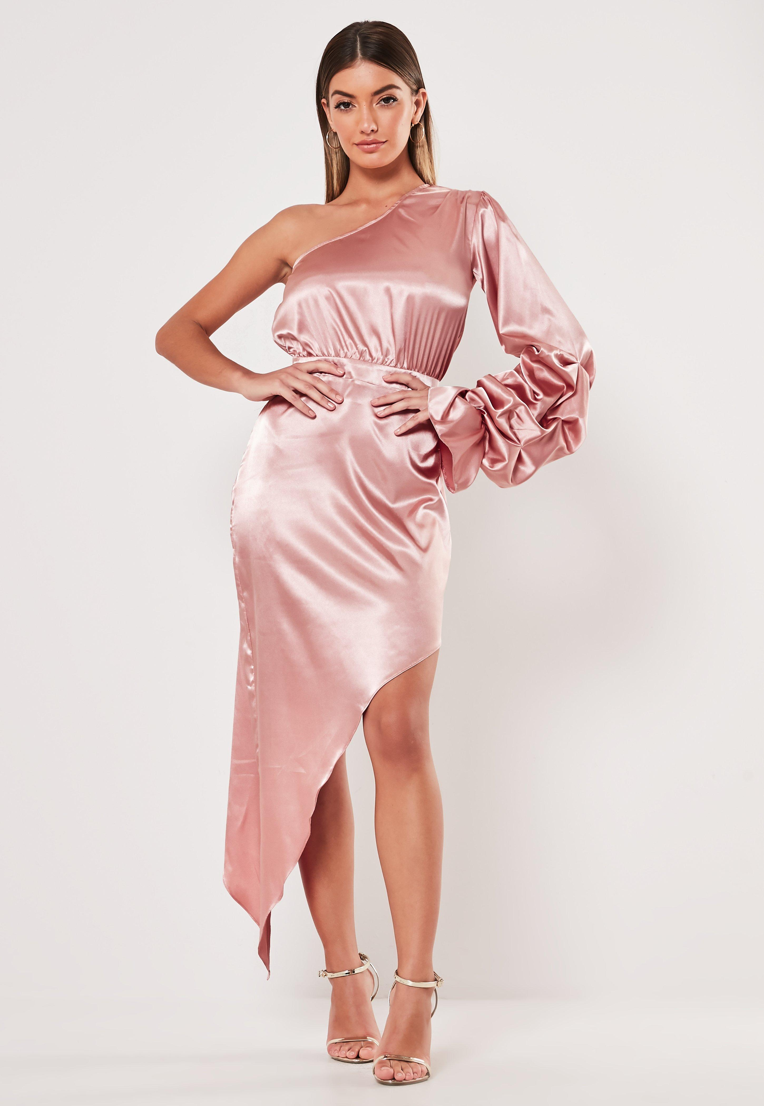 92e75957766 Christmas Party Dress   Xmas Eve Dresses - Missguided