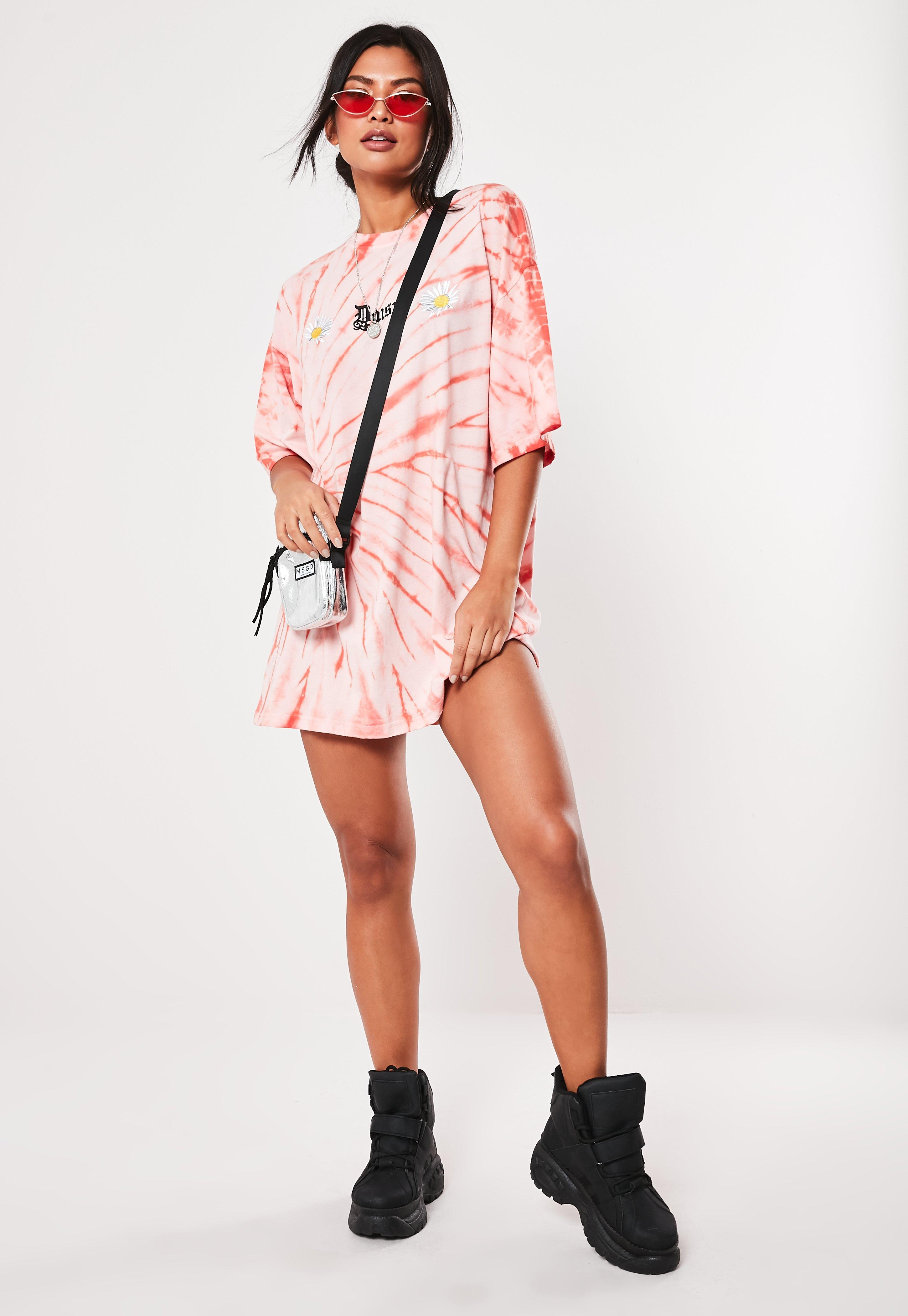 63ca43c4eab8 Pink Daisy Tie Dye Oversized T Shirt Dress | Missguided