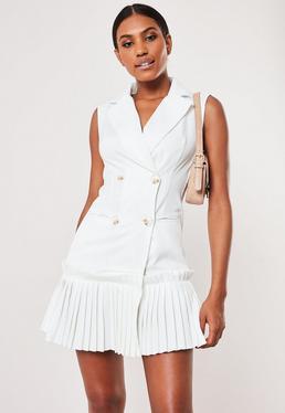 021e4c6327845 Plunge Dresses | V Neck & Low Cut Dresses - Missguided