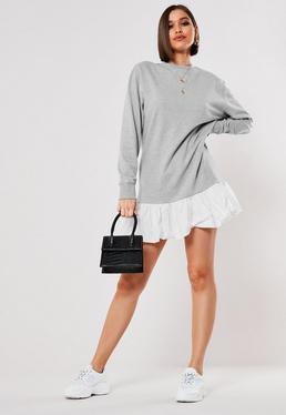 Серое мини-платье свитера с оборкой