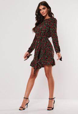 Чайное платье с цветочным принтом и оборками