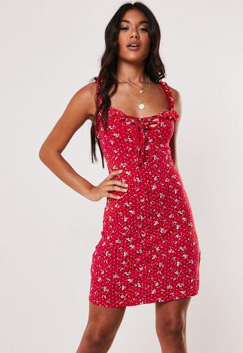 Red Ditsy Floral Print Shift Dress by Missguided