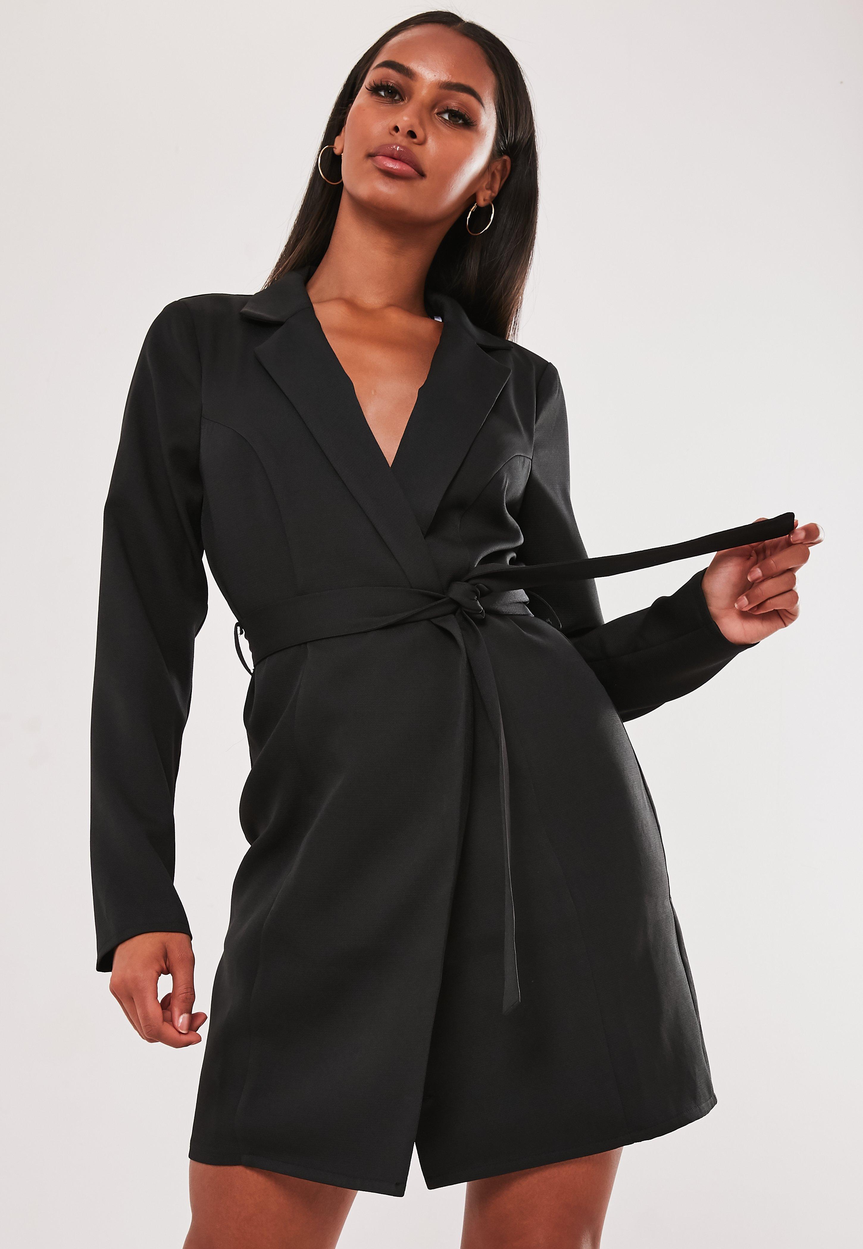tienda de liquidación 6d603 83960 Vestido blazer cruzado atado en negro