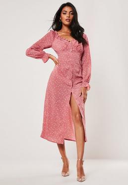 Платье миди в розовом цветочном стиле с молочным принтом