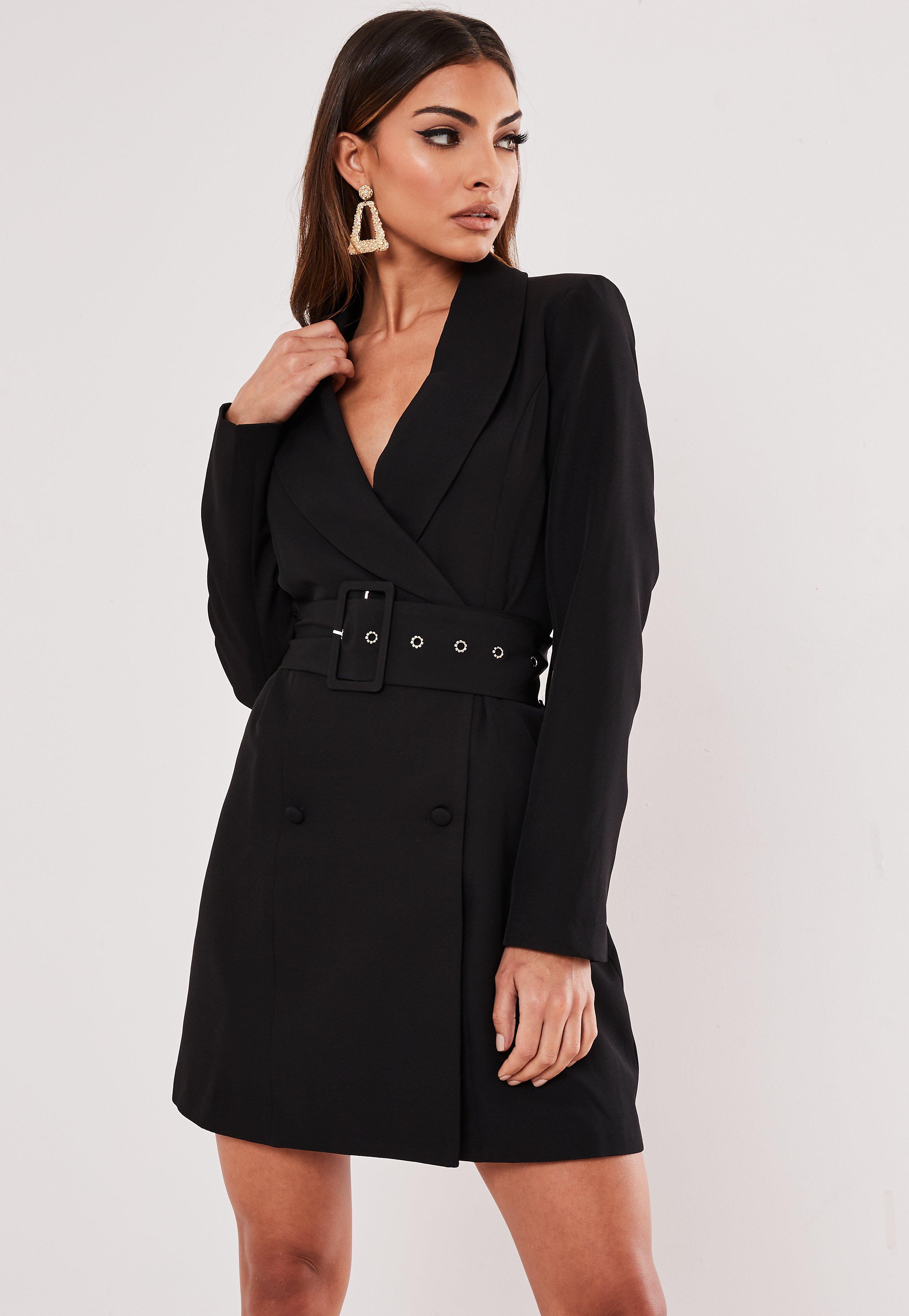 Robe blazer noire avec ceinture