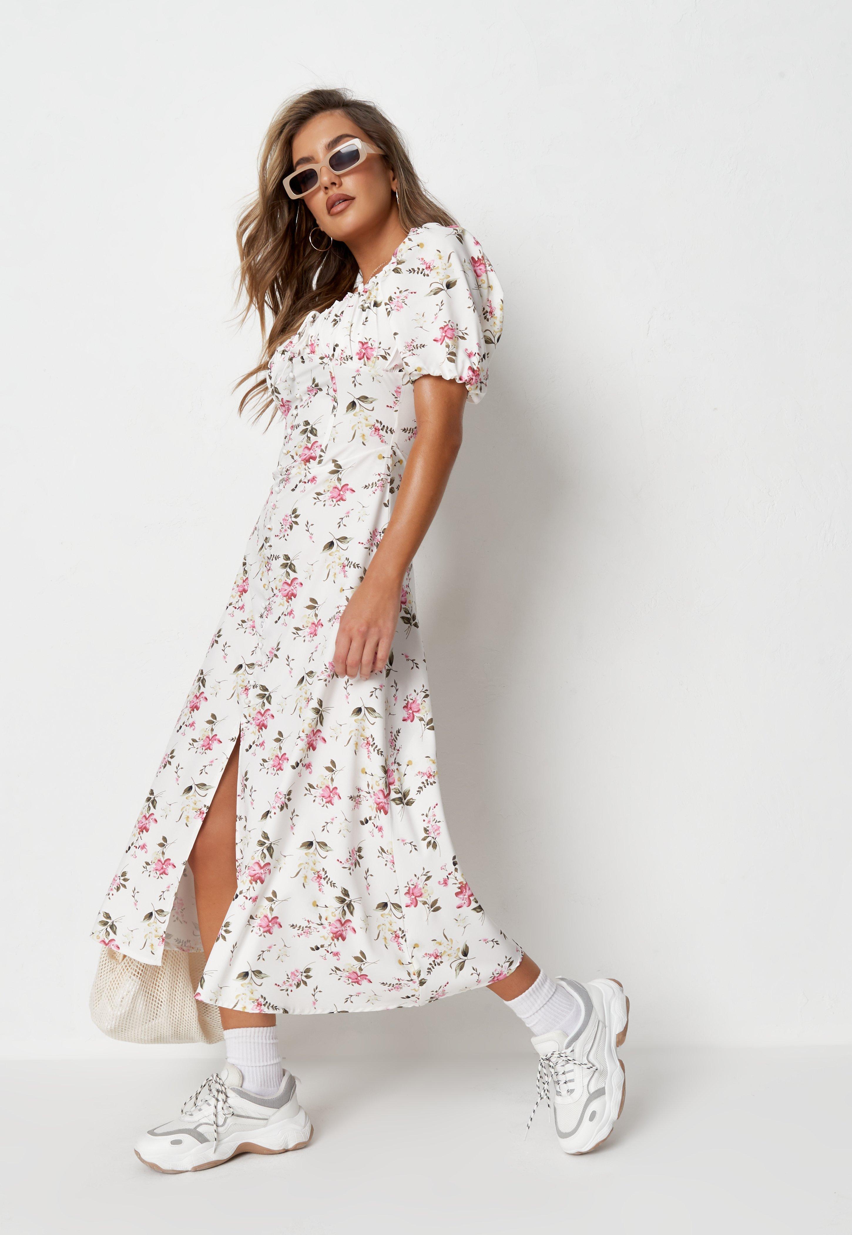 Geblumtes Kleid Blumenkleider Online Shoppen Missguided De