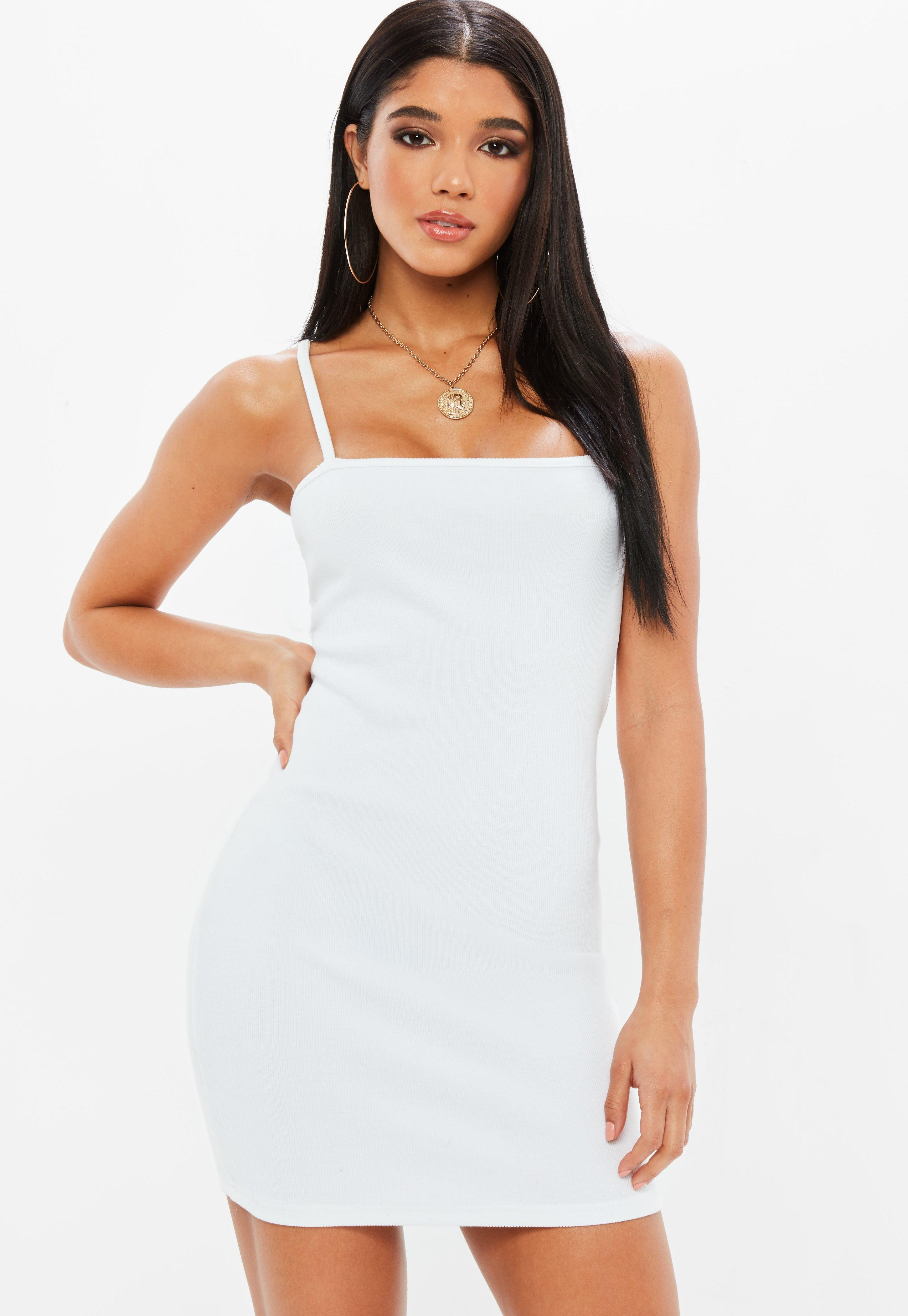 Club Dresses   Clubbing Outfits - Missguided 7a1f59e659