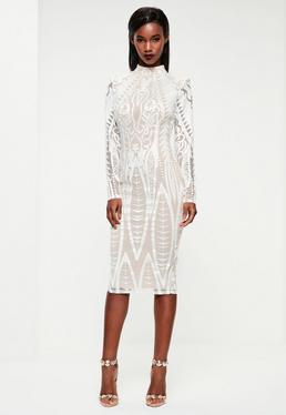 Biała sukienka midi z ozdobnym haftem Peace + Love
