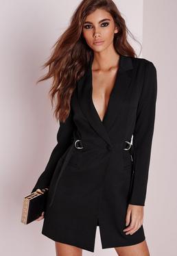Robe-blazer noire avec anneaux métalliques