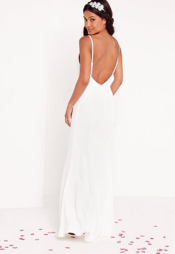 Robe de mari e longue blanche fines bretelles missguided for Nettoyage de robe de mariage milwaukee