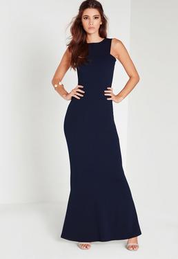 Vestido largo con espalda baja azul marino