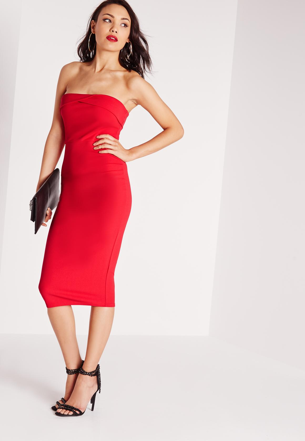 Look robe bustier rouge