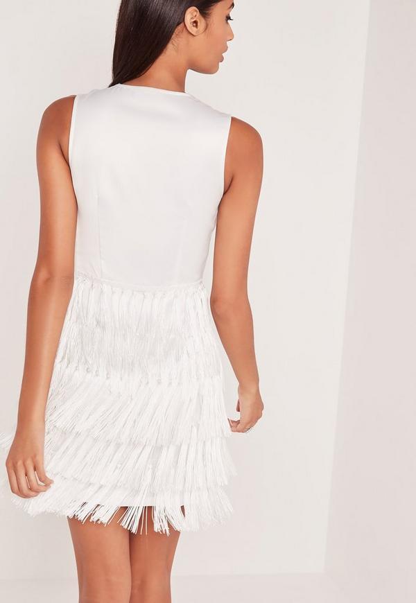 robe moulante blanche franges carli bybel missguided. Black Bedroom Furniture Sets. Home Design Ideas