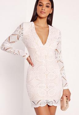 Biała Dopasowana Koronkowa Sukienka z Długimi Rękawami