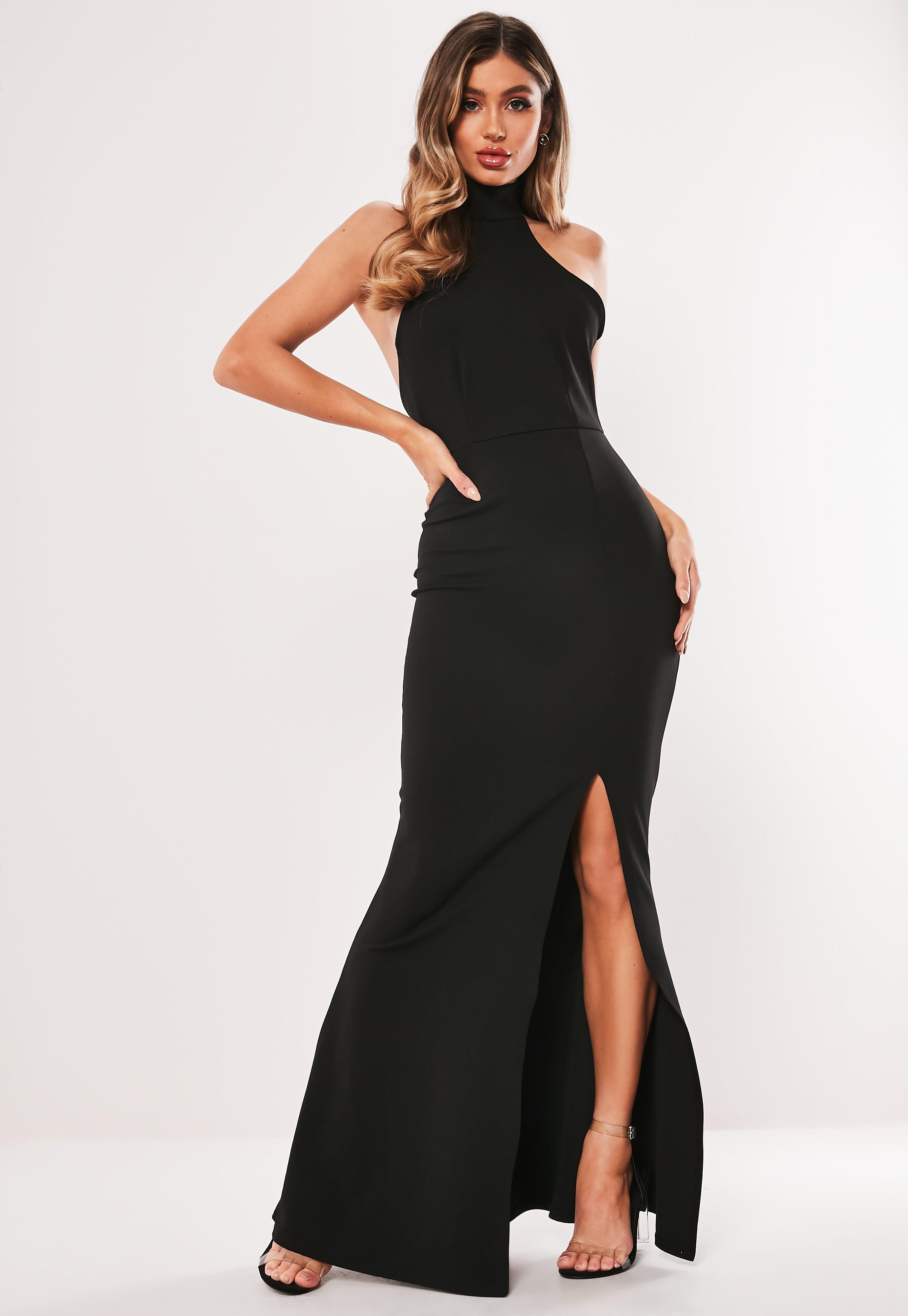 Vestido Largo Con Cuello Alto Negro