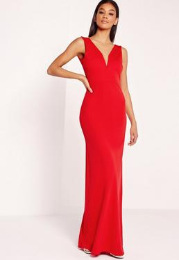 Robe longue rouge à col en v