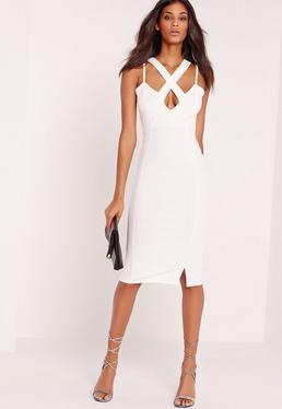 Figurbetontes Kleid aus Kreppstoff mit überkreuzter Vorderseite und tiefem Ausschnitt in Weiß