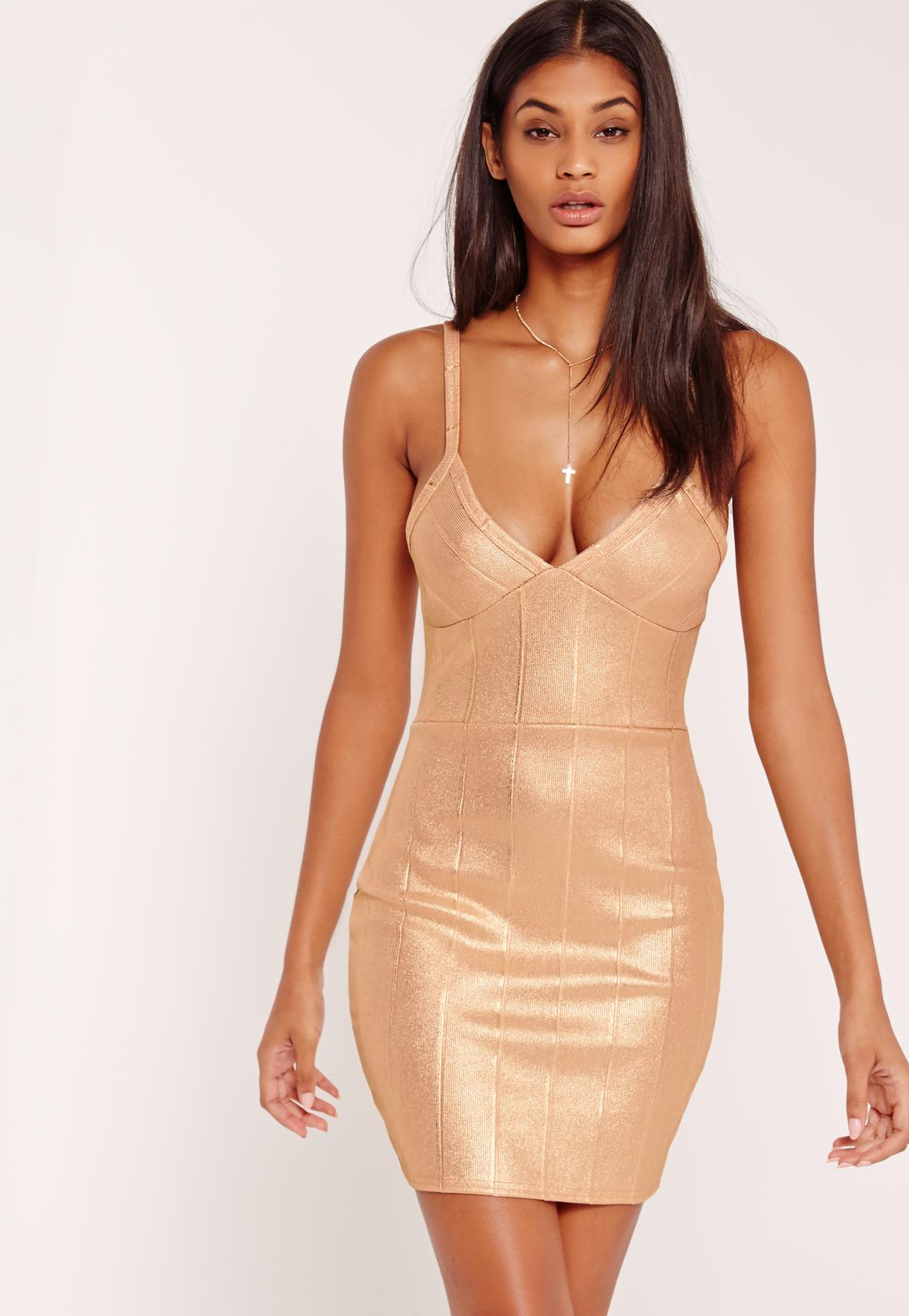 Figurbetontes Bandage-Kleid in Gold-Metallic | Missguided