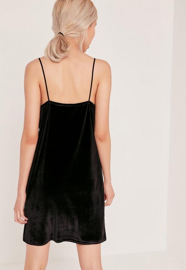 robe nuisette noire en velours missguided. Black Bedroom Furniture Sets. Home Design Ideas