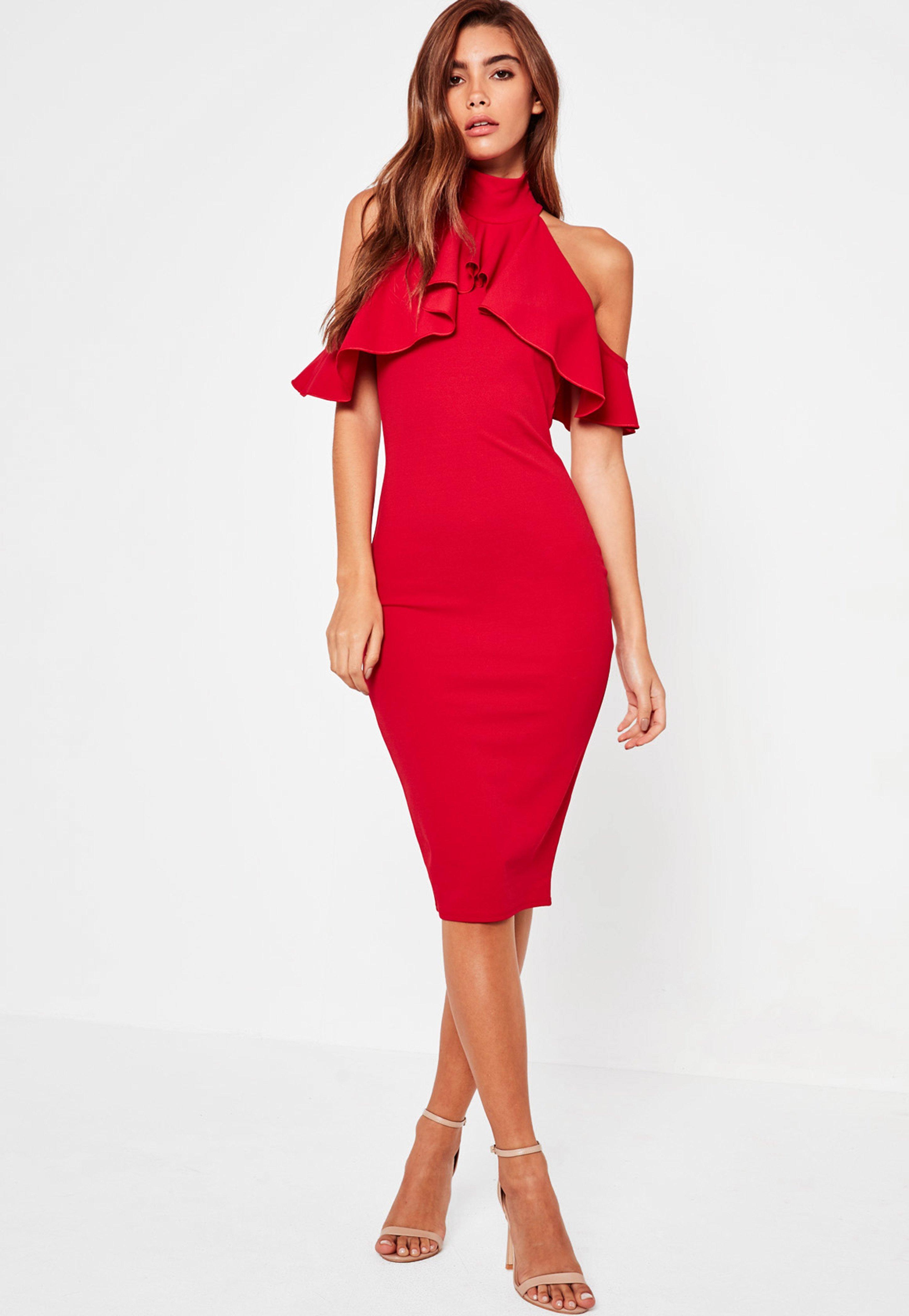 d66fd943b27a4b Czerwona sukienka midi z wyciętymi ramionami i falbanką | Missguided