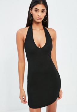 Czarna sukienka mini z dekoltem halter