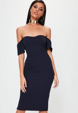 Granatowa dopasowana sukienka midi bardotka