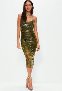 Trägerkleid mit metallischem gerafftem Überkleid in Gold
