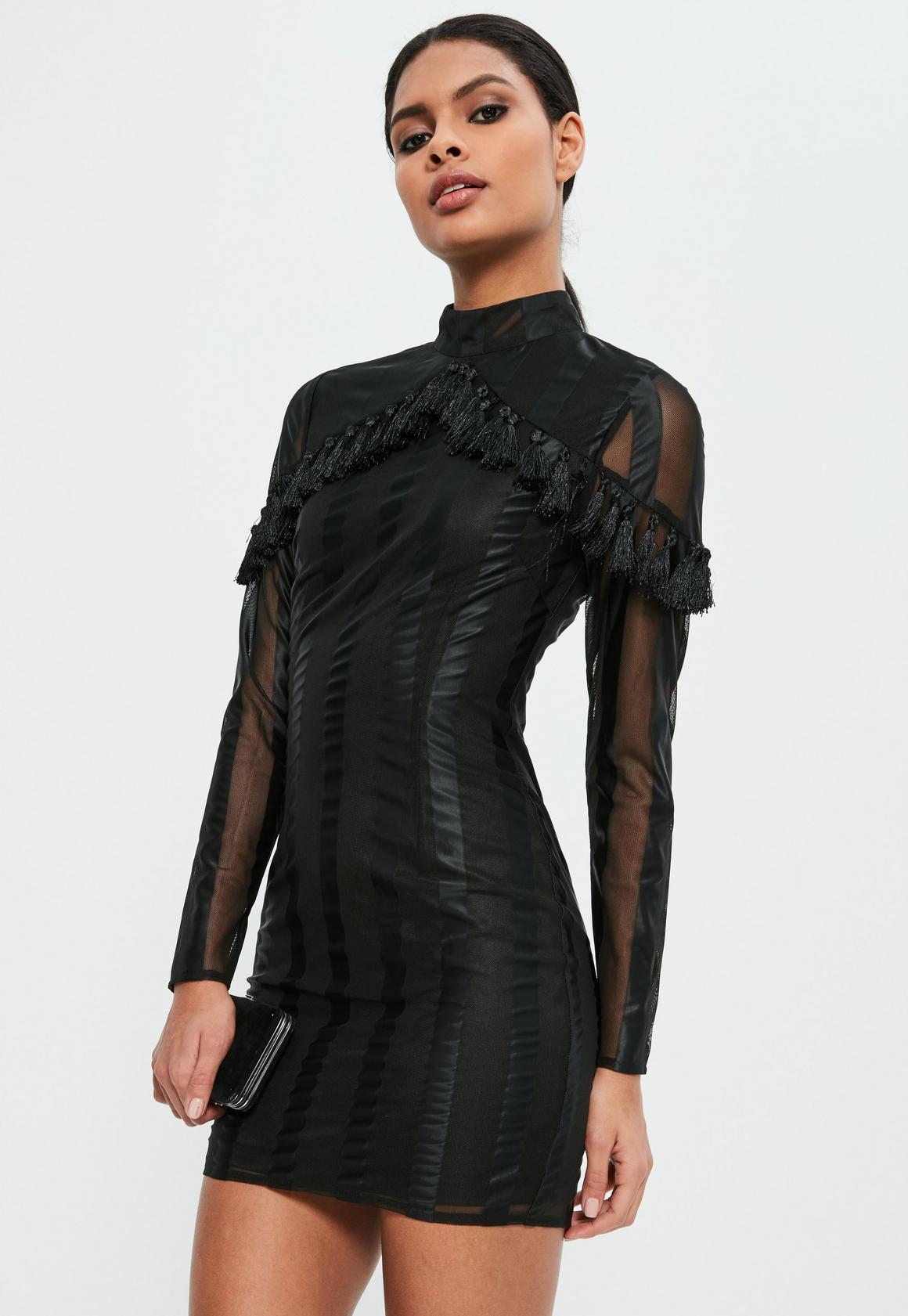 Figurbetontes Mesh-Kleid mit Quasten in Schwarz | Missguided