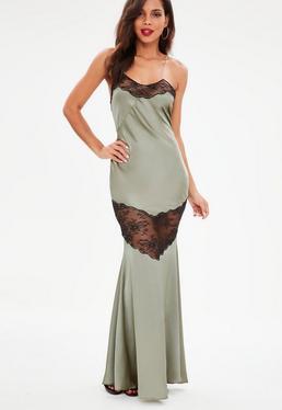Zielona satynowa sukienka maxi na ramiączkach z koronką