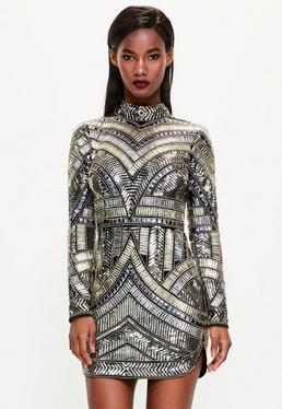 Peace + Love czarna mocno zdobiona sukienka z wysoko zabudowanym dekoltem