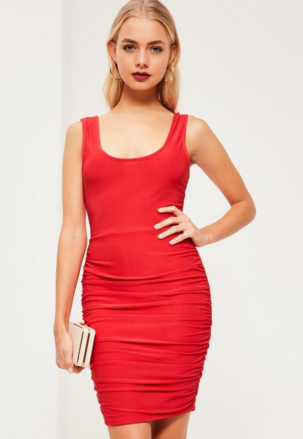 Red Slinky Scoop Neck Ruched Side Bodycon Dress Missguided