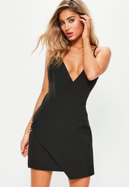 Czarna zawijana sukienka na ramiączkach