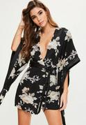 Kimono Kleid mit Blumenprint in Schwarz