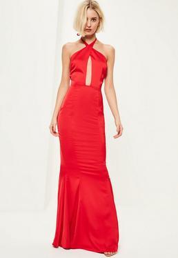 Vestido largo con escote halterneck con cola de sirena en rojo