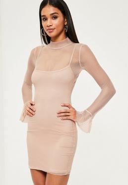 Beżowa dopasowana sukienka mini z grubej siatki z szerokimi rękawami