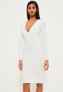 Biała sukienka midi z długim rękawem i dekoltem V