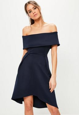 Granatowa rozkloszowana sukienka midi bardot