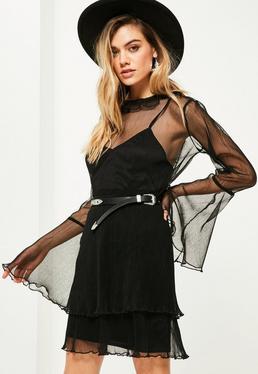 Robe droite noire plissée transparente