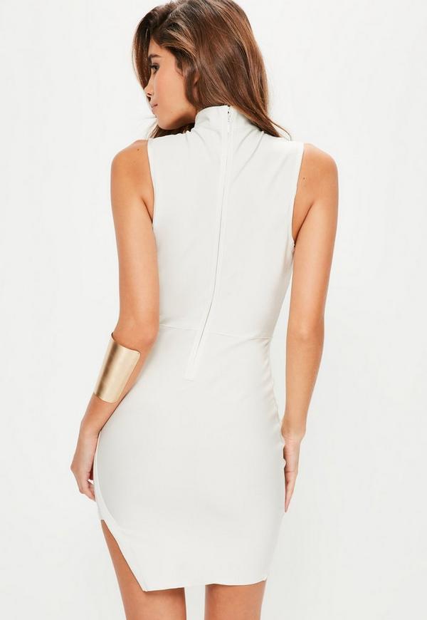 robe moulante blanche ras de cou effet bandage bordure asym trique missguided. Black Bedroom Furniture Sets. Home Design Ideas