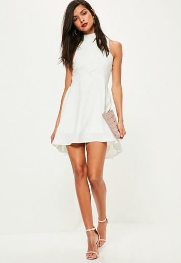 save off 06d02 7860f Missguided - Weißes Skater Kleid mit Stehkragen