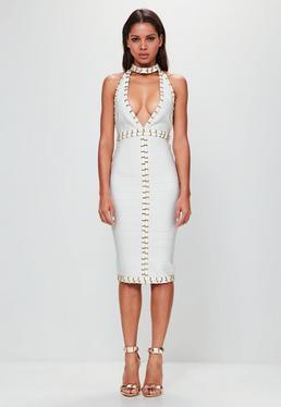 Peace + Love Biała sukienka midi z głębokim dekoltem i złotymi ćwiekami