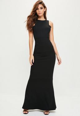 Vestido largo de espalda baja en negro