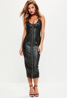 Czarna skórzana sukienka midi z ozdobnymi haftkami z przodu