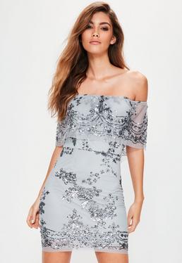Srebrna cekinowa sukienka bardot