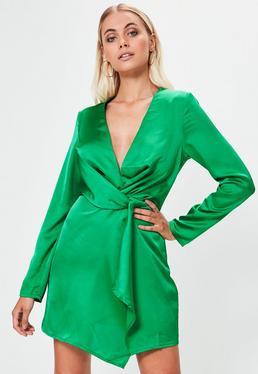 Robe droite verte effet soyeux cache-cœur à décolleté
