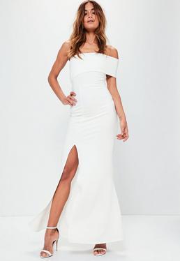 Vestido largo asimétrico en blanco