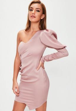 Vestido corto de escote asimétrico con mangas abullonadas en rosa