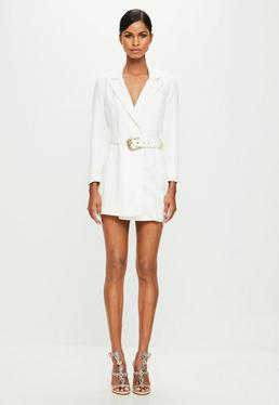 Peace + Love Biała żakietowa sukienka z paskiem